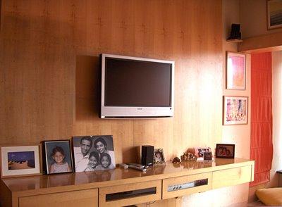 Hang Flat Screen TV On Wall